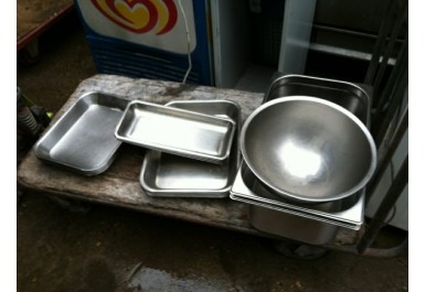 http://brocante-bravo.com/136-398-thickbox/ustensiles-de-cuisne-diverses.jpg