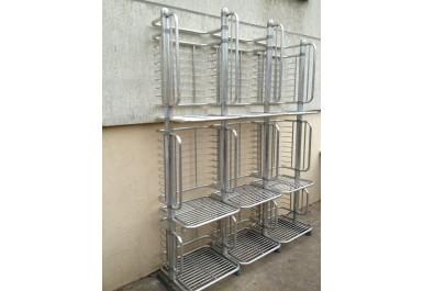 http://brocante-bravo.com/28-67-thickbox/grille-a-pain-boulangerie-aluminium-60-70.jpg