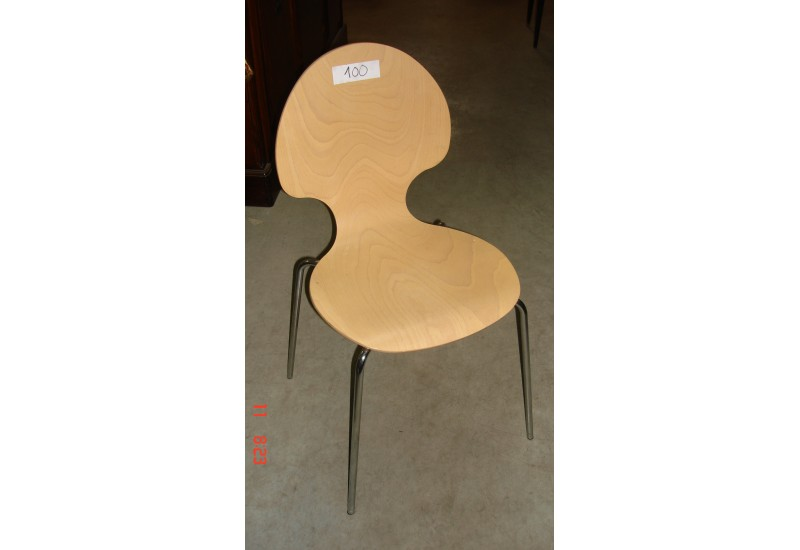 chaise chez bravo. Black Bedroom Furniture Sets. Home Design Ideas