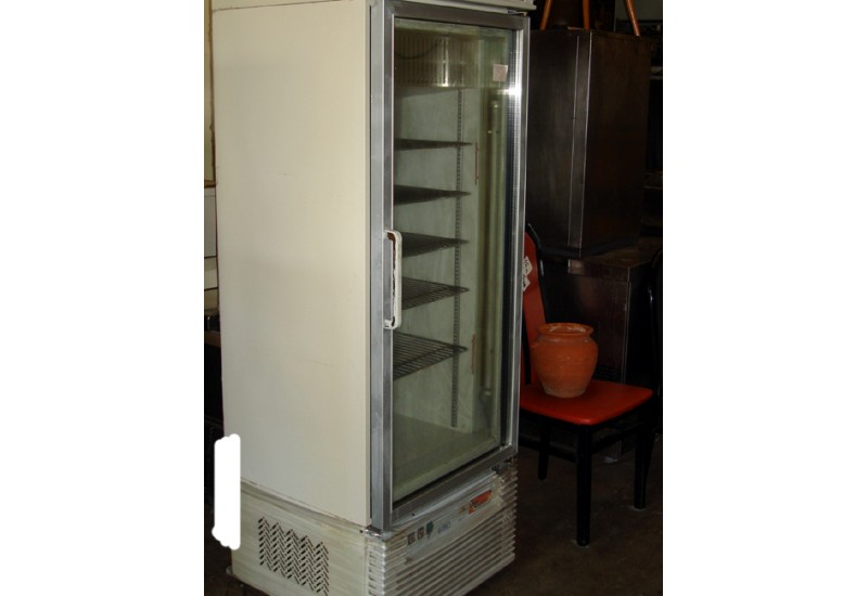 vitrine patisserie brocante d 39 epinay. Black Bedroom Furniture Sets. Home Design Ideas