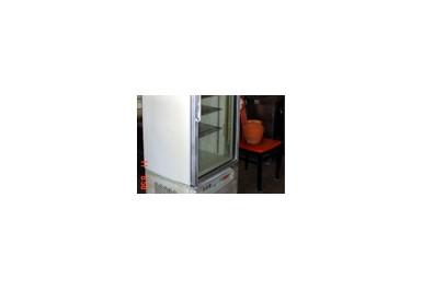 http://brocante-bravo.com/40-96-thickbox/vitrine-refrigeree.jpg