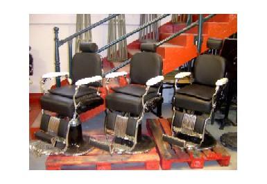 fauteuils de coiffeur barbier brocante d 39 epinay. Black Bedroom Furniture Sets. Home Design Ideas