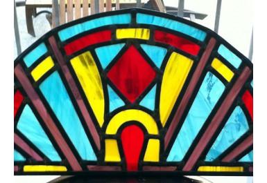 http://brocante-bravo.com/8-8-thickbox/vitrail-rouge-jaune-bleu.jpg